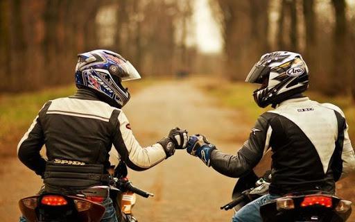 Muốn mua mô tô dễ dàng thì làm công việc gì