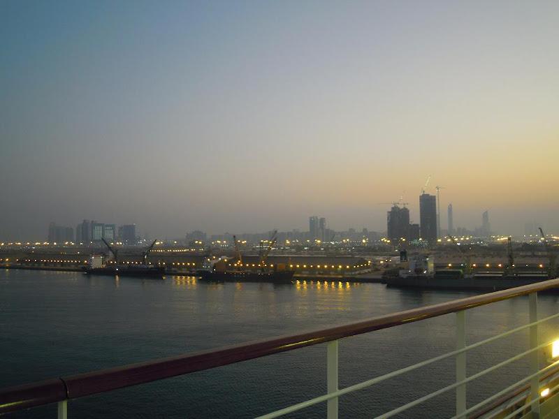 Abu Dhabi di @Sara Bee