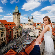 Wedding photographer Sergey Art (prahaart). Photo of 24.07.2016