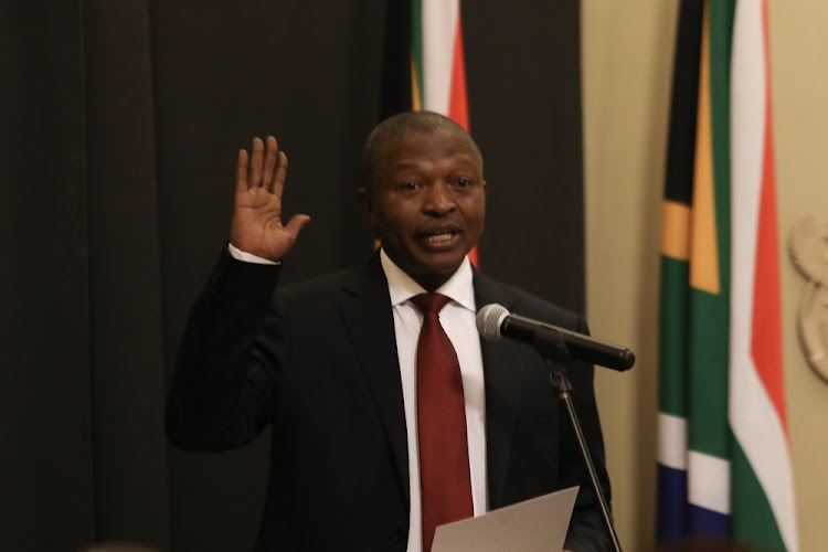 Newly-elected Deputy President David Mabuza taking his oath of office in Parliament, Cape Town.