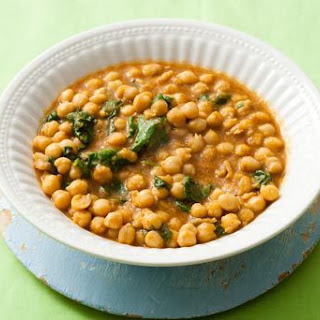 Garbanzos con Espinacas (Moorish-style Chickpea and Spinach Stew)