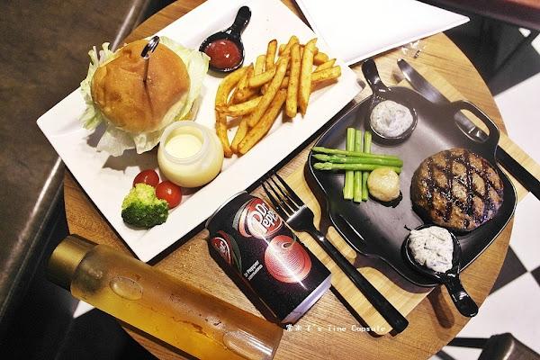 JuicyBurger朱熹漢堡-開山路上多汁飽口的牛肉漢堡和奢侈美味的和牛漢堡排,難忘的台南美式漢堡饗宴!