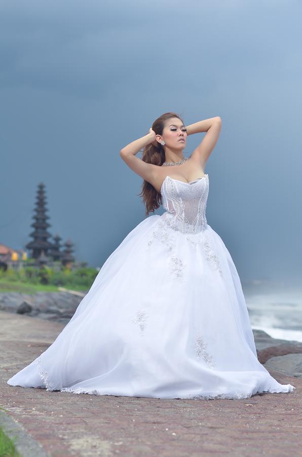 by Jony Lie - Wedding Bride