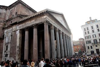 Photo: 2: En realidad el templo de Agripa fue destruido y ésta es una reconstrucción que se hizo en tiempos de Adriano. Solo conserva en su frontispicio el nombre de Agripa.