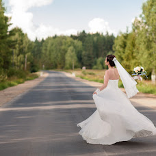 Wedding photographer Evgeniya Yanceva (eniffer). Photo of 21.04.2015