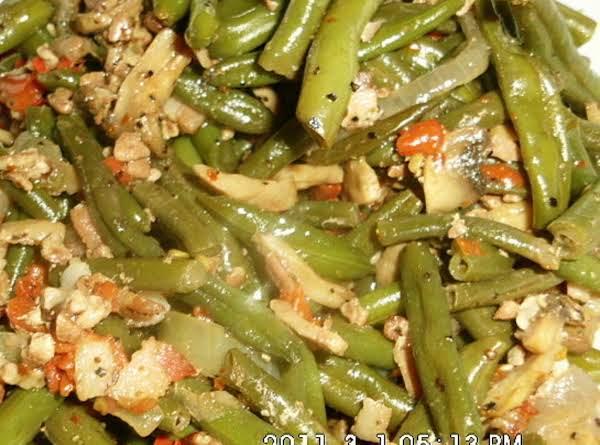 Lynn's Baked Green Bean Medley
