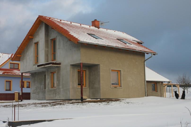 Otynkowany dom jednorodzinny