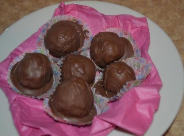 Crunchy Peanut Butter Balls Recipe