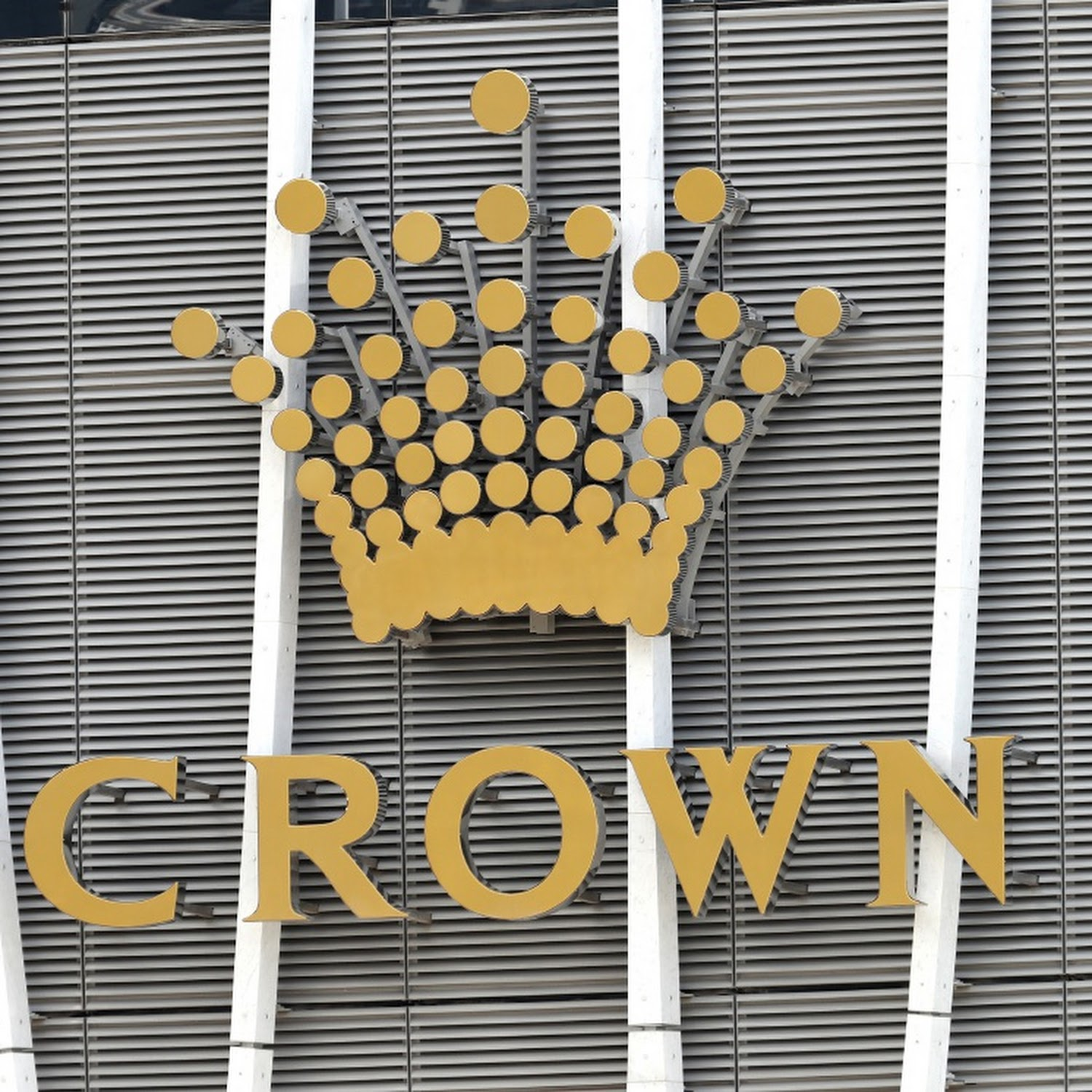 Ceo Of Australia S Troubled Crown Quits Over Regulator Pressure