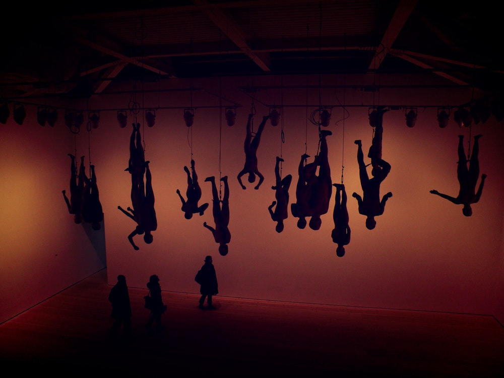 hanging figures from strings