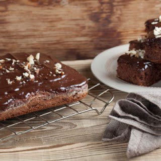 Super-Dense Brownies with Chocolate Ganache (Use Cake Mix!).