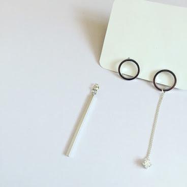 Handmade圓形閃石方柱耳環