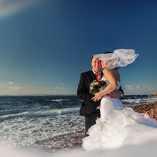 Wedding photographer Svetlana Mityashina (SMit). Photo of 09.12.2013