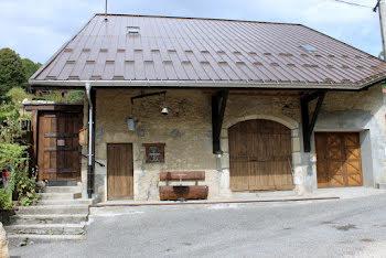 maison à Champfromier (01)