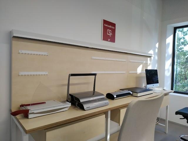 Zona de autoedición de la biblioteca