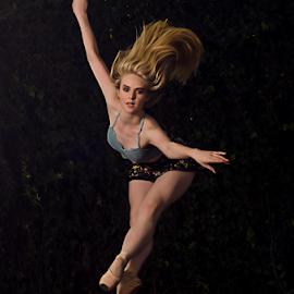 tracey by Gerrit de Graaff - People Portraits of Women ( photooftheday, nikon, beautiful, beauty, motion, blonde, ballet, girl, dance, photography, jump )