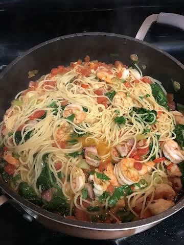 Savory Shrimp & Spinach Pasta