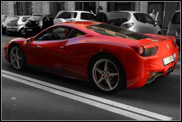 """Ferrari è il famoso """"cavallino rampante"""" di Gian Piero Bacchetta"""