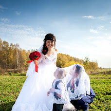 Wedding photographer Sergey Bondarenko (Photo35). Photo of 26.10.2015