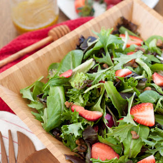 Strawberry Arugula Salad with Honey Lime Vinaigrette