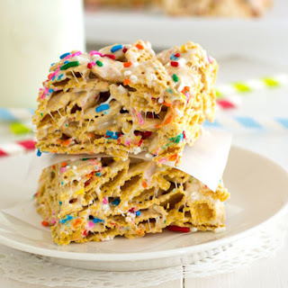 Funfetti Marshmallow Cereal Bars Recipe