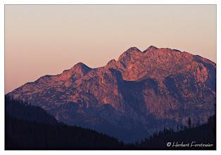 Photo: Alpenglühen,  die ersten Sonnenstrahlen wecken mich ... Sunrise