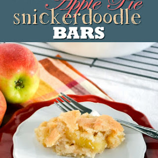 Easy Apple Pie Snickerdoodle Bars.
