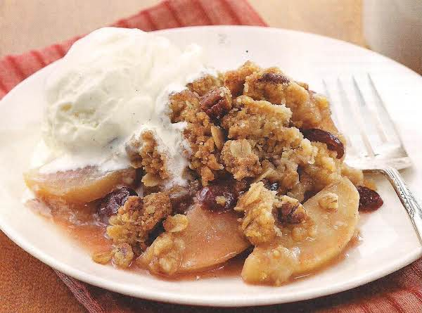 Maple Apple Crisp With Oat Pecan Streusel Recipe