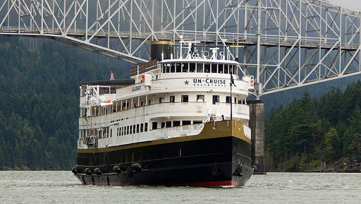 ss-legacy-bridge.jpg - The 88-passenger SS Legacy, the largest ship in the Un-Cruise Adventures fleet, sails the Columbia and Snake rivers of the Pacific Northwest.