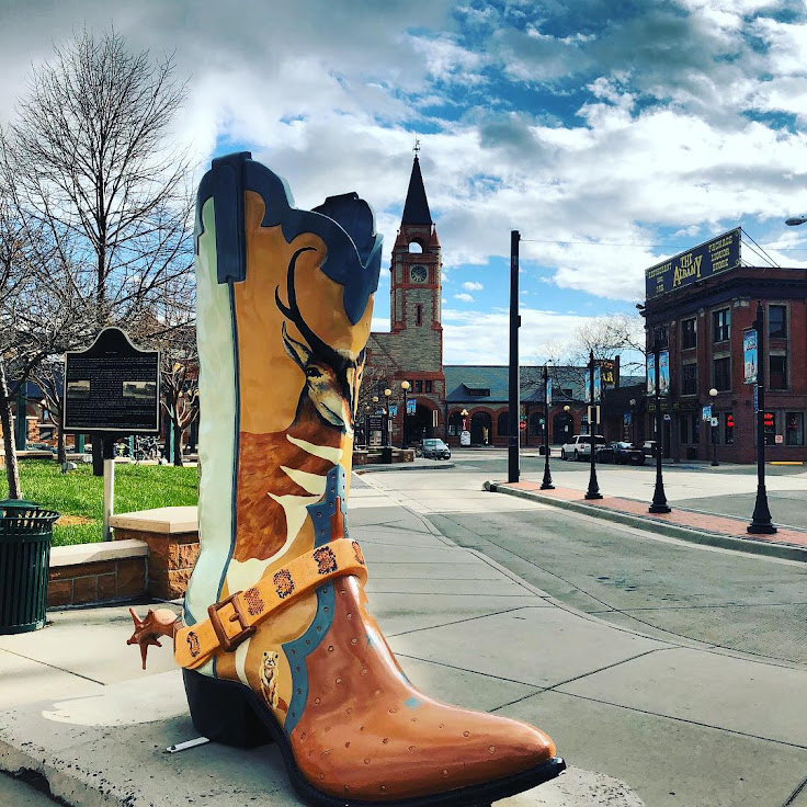 "The ""Don't Feed the Animals"" boot in the Depot Plaza. Photo: Mitali Chakraborty."