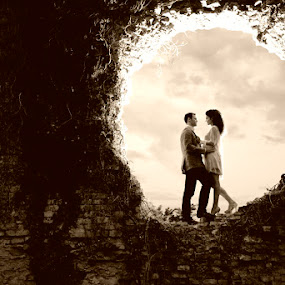 by Dušan Marčeta - Wedding Bride & Groom ( love, kiss, sky, wedding, couple, fortres, bride, wall )