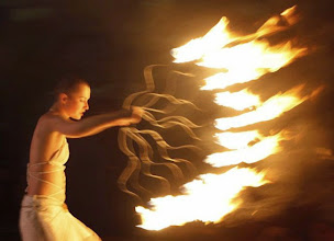 Photo: An artist performs during an annual fire festival in the Ukrainian capital Kiev June 7, 2009. The festival, which is in its third year, showcases fire art performances.  REUTERS/Gleb Garanich  (UKRAINE SOCIETY)?