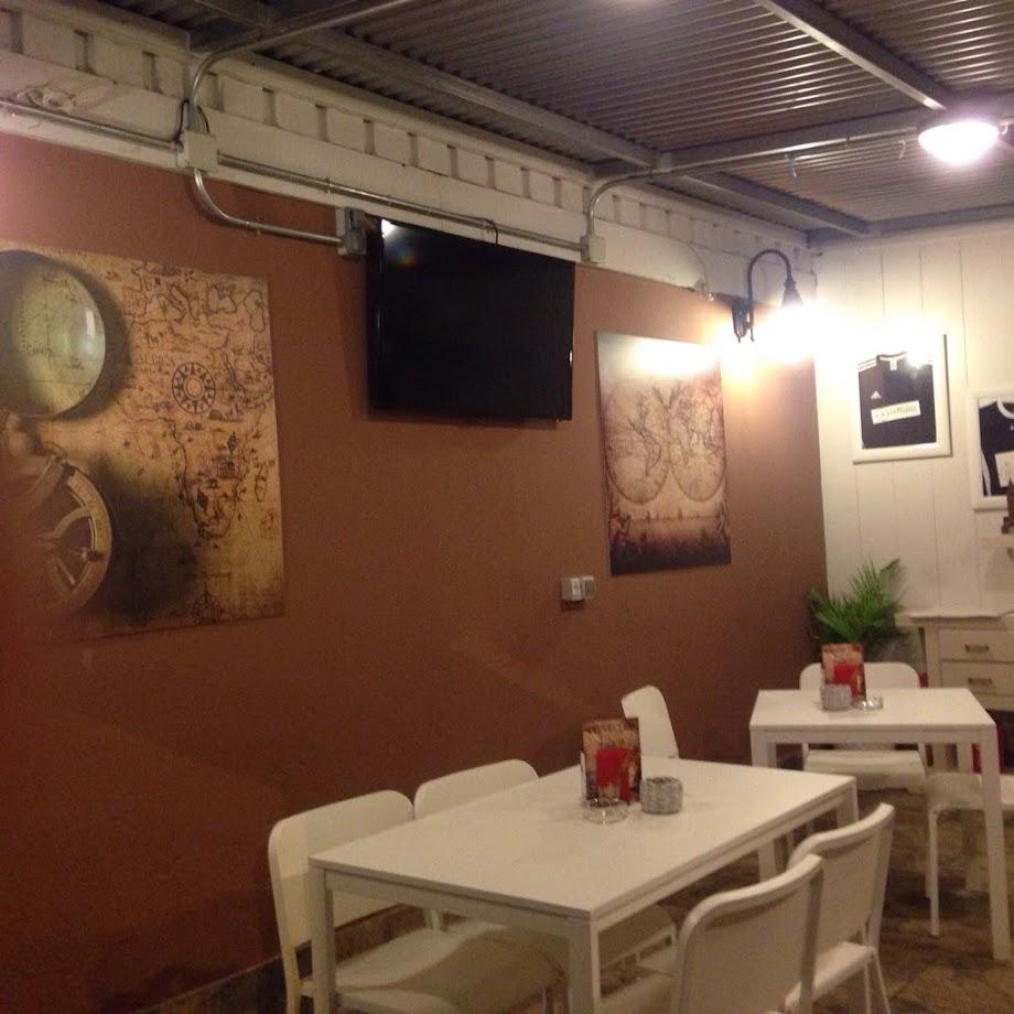 Foto Bar La Brújula 8