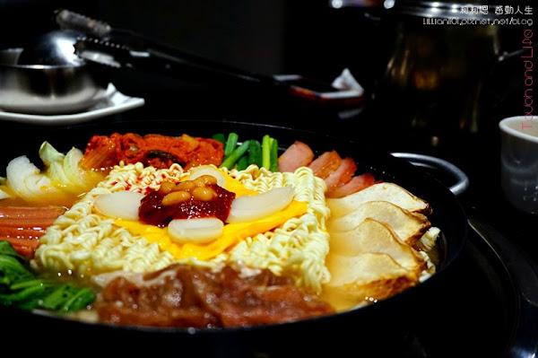 西羅伐韓式料理 起司部隊鍋辣炒雞 像皇宮在吃的小菜!