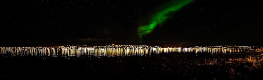 panoramic and aurora by Benny Høynes - Travel Locations Landmarks ( auroraboreoalis, bluecity, landscapes, sortland, panorama, norway )