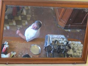 Photo: Reflejo en el espejo Bar Restaurante Cordano Centro de Lima Mayo - 2014