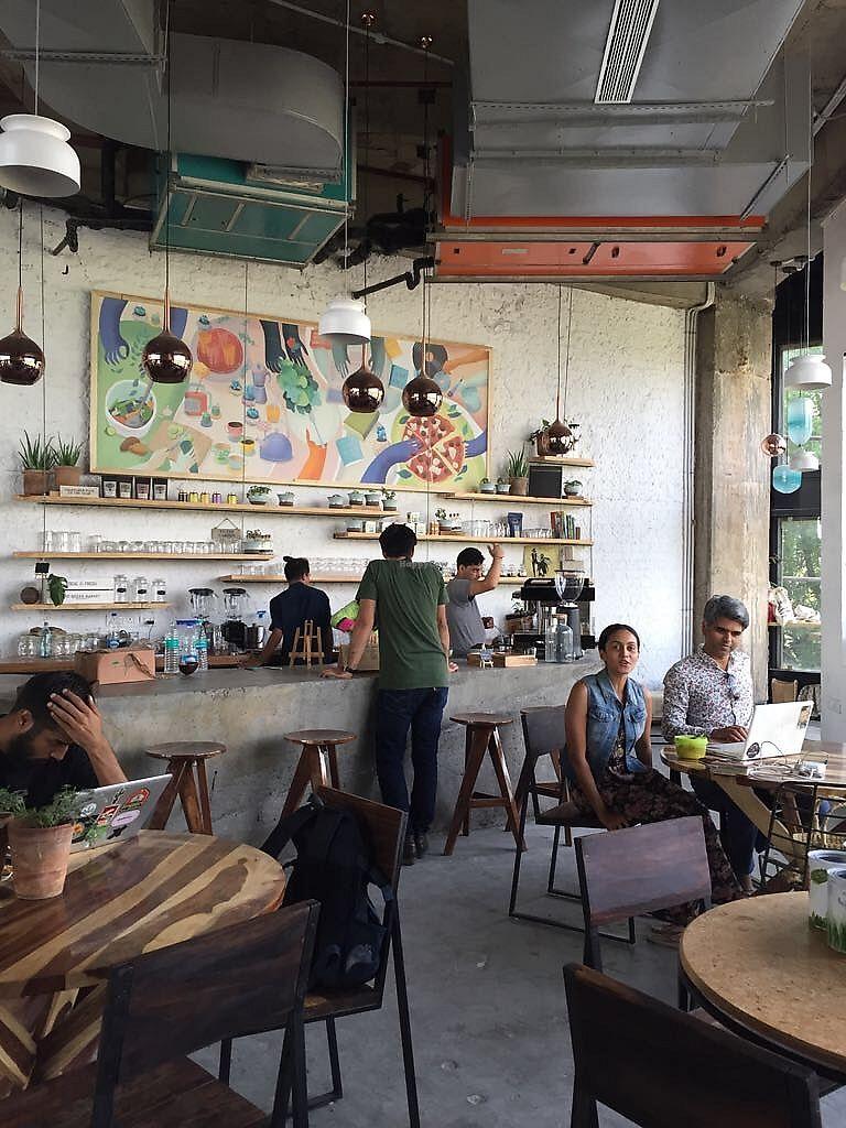 insta-worthy-cafes-in-gurgaon-greenr-cafe