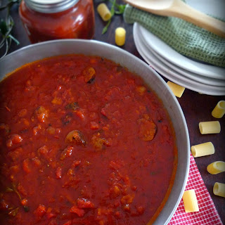Chunky Italian Pasta Sauce & Sweet Sausage