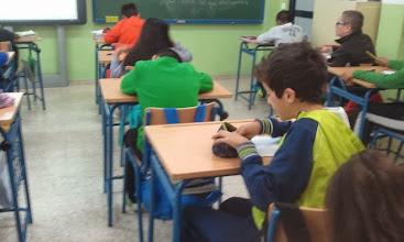 Photo: Alumnado de 6º Realizando un autorretrato