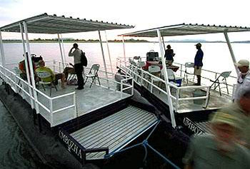 Umbozha-tenderboats-cu.jpg