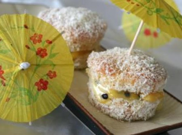 Holiday Passionfruit Cupcakes Recipe