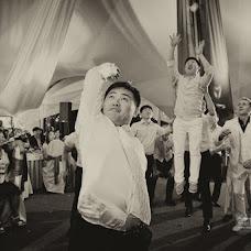 Wedding photographer Oleg Chumakov (Chumakov). Photo of 18.03.2014