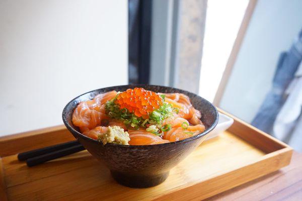 台北大安區捷運六張犁 壽司爸 CP值爆表!!充滿父愛的日本料理店