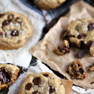 Best EVER healthy chocolate chip cookies.