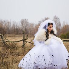 Wedding photographer Elena Mostovykh (Abrikatin). Photo of 25.02.2015