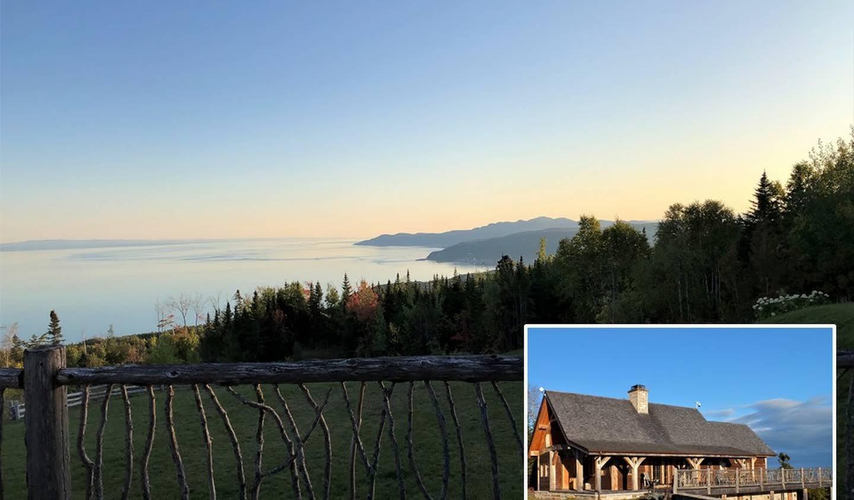 Chalet avec vue panoramique et terrasse Charlevoix-Est