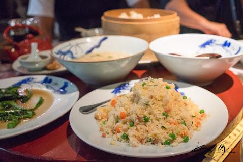 小籠包をはじめ、美味しい上海料理が並ぶ。。。