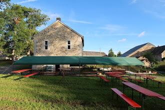 Photo: Vestiges d'une partie de l'ancien château de Rahier. Restauration terminée en 2009.