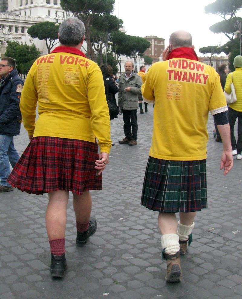 We are Scottish men in Rome. di Elisabetta Di Girolamo