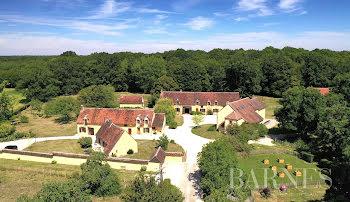 propriété à Saint-Sauveur-en-Puisaye (89)